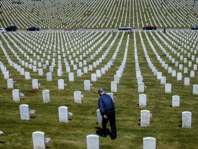 event-05-memorial-day-2002-golden-gate-national-cemetery-1300-sneath-lane-san-bruno-graves-2[1]